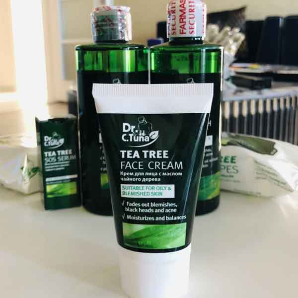 Farmasi Çay Ağacı Yüz Kremi 5