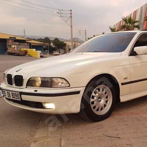 BMW 5 Serisi 520i Business Otomobil 1
