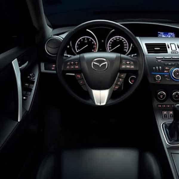 Mazda 3 HB TOURING 1.6 Otomobil 4